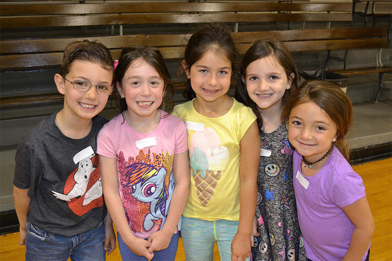 Kindergarten Students Form New Friendships photo