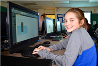 Students Dive into the World of 3D Design Photo 2
